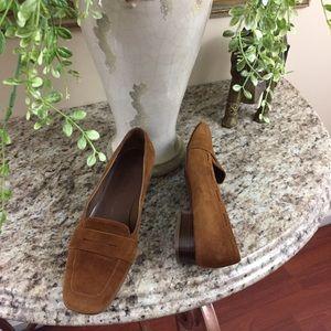 🇮🇹 Salvatore Ferragamo Brown loafers Size 7.5 B